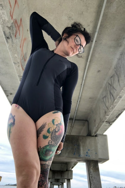 Journey FEATURE Long sleeve bathing suit