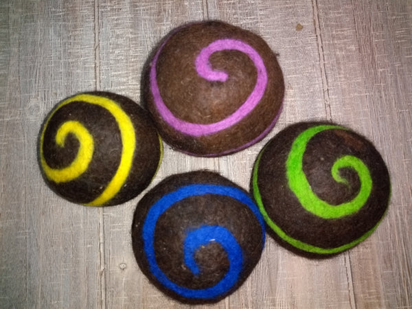 Alpaca  Dryer Balls, Swirl Pattern, set of 4