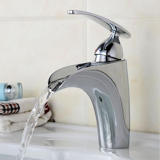 $112.88- Bathroom Sink Single Lever Faucet Basin Faucet Hot Cold Water Bathroom Faucet Torneiras Para Pia De Banheiro B0008M