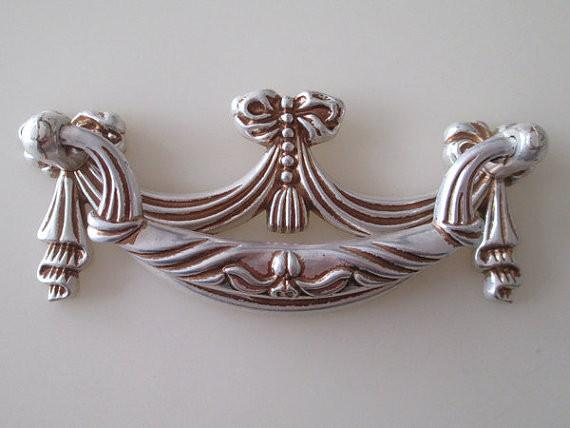 $93.50- Shabby Chic Dresser Pull Drawer Pulls Door Handles Antique Silver / French Country Vintage Furniture Cabinet Knobs Pull Handle