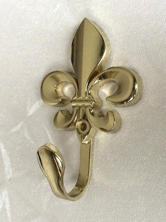 $9.41- Vintage Inspired Wall Hooks Metal Fleur De Lis Wall Decor / Cottage Chic Gold Curtain Tie Backs / French Country Coat Hangers