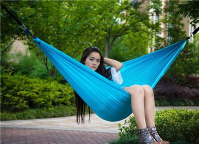 $25.24- Double Outdoors Indoor Parachute Cloth Sleeping Hammock Strong Camping Swing Leisure Flyknit Hamac Hamaca Hamak Garden Hangmat