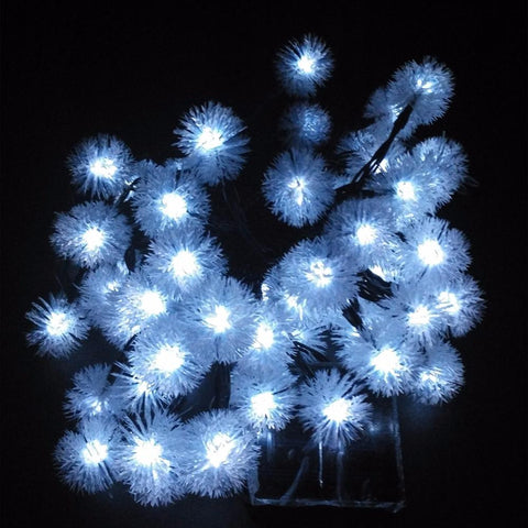 $16.23- Novelty Solar Sun Snow Flakes Led Lamps Snowball String Lights For Holidays Wedding Parties Events Xmas Easter Christmas Decoration