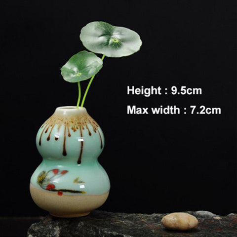 $11.82- Yefine Novelty Gift Small Flower Vases Ceramic Home Decor Mini Flower Vase For Office Desk Accessorie Porcelain Flower Organizer