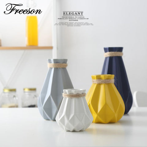 $28.58- Europe Brief Matt Diamond Porcelain Vase Modern Fashion Ceramic Flower Vase Room Study Hallway Home Wedding Decoration
