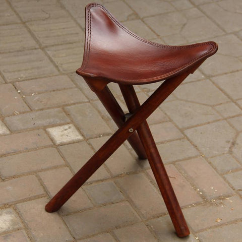 $216.32- Portable Three Leg Wood Artist Folding Stool W/Saddle Leather Seat Living Room Furniture Wooden Tripod Stool For Outdoor/Indoor