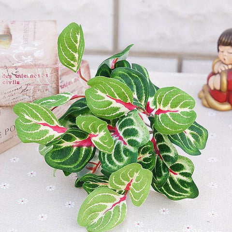 $2.62- 42Heads/1Bundle Silk Green Leaves For Christmas Home Wedding New Year Decor Fake Plants Rose Leaf Artificial Plastic Flowers