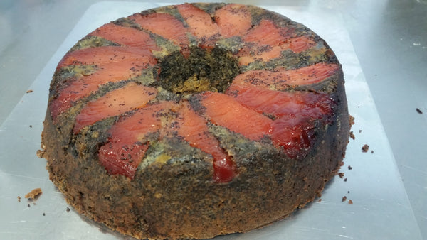 Poppy seed torte with quince