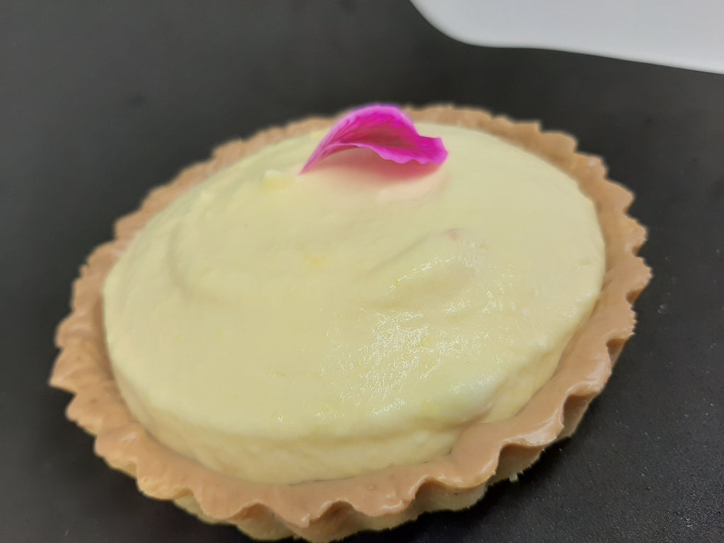 Tropical fruit creamy custard tart