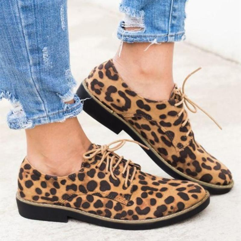 Leopard Printed Lace Up Flats Shoes
