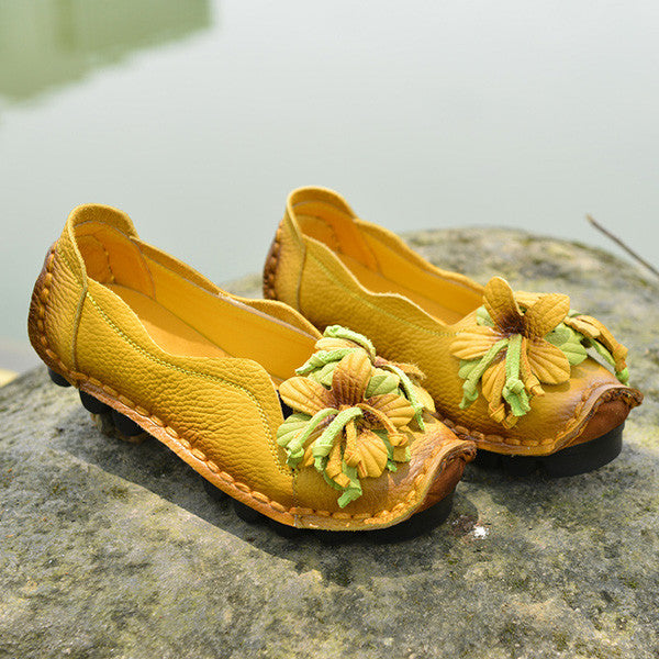 Retro Fashion Genuine Leather Flower Flats Loafer Shoes
