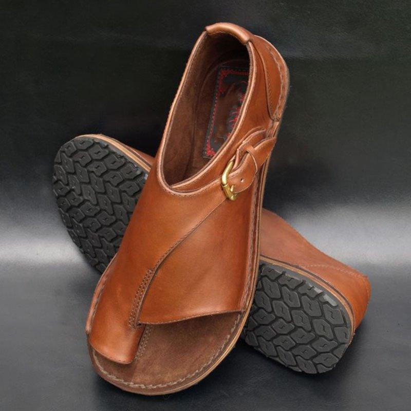 Retro Buckled Flat Sandals