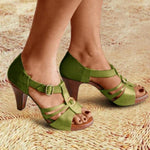 New Style Elegant Buckled Strap Sandals
