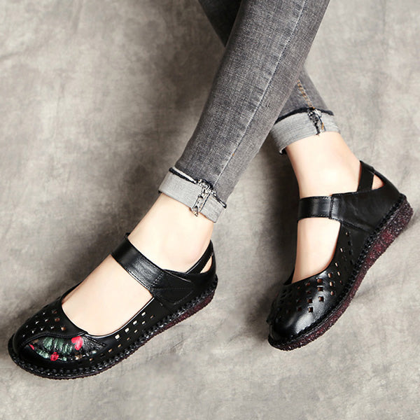 Retro Ethnic Style Hollow-Out Hook Loop Flat Shoes