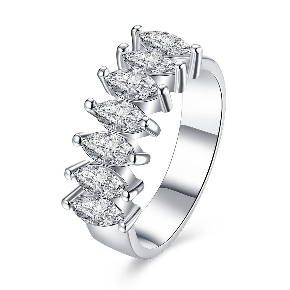 Seven diamonds design Fashion Ring