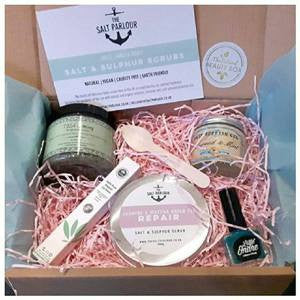 February Natural Beauty Box | Kissed by the Ocean Edition