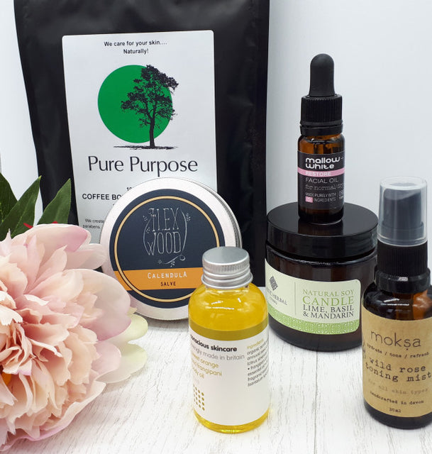 The Natural Beauty Box Pure & Simple Edition, May 18. Image Credit: Beautyfolio