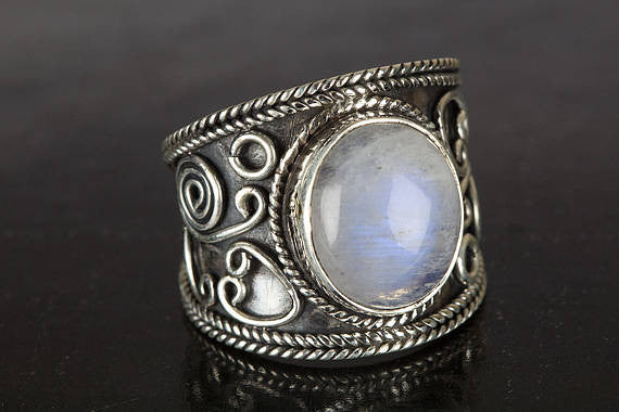 Moonstone Ring, Blue Flash Moonstone Ring, Sterling Silver Ring, Boho Ring, Gypsy Ring, Healing Ring, Natural Stone Ring, June Birthstonenew