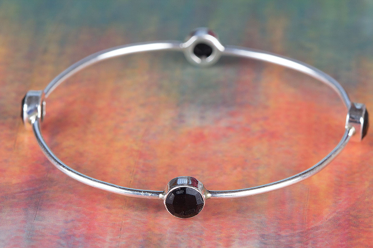Stunning Faceted Black Onyx Gemstone 925 Silver Bangle