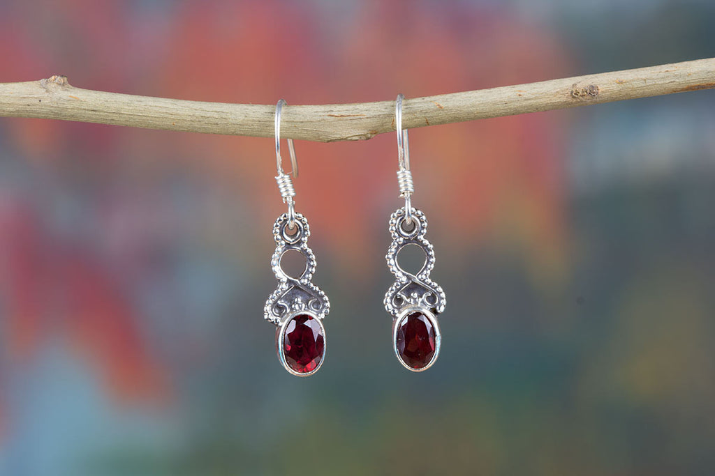 Awesome Sterling Silver Garnet Earrings For Sale