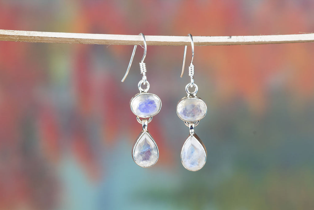 Authentic Moonstone Jewelry Earrings For Sale