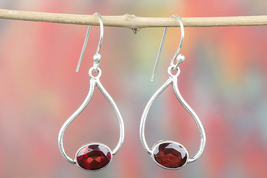 925 Sterling Silver Faceted Garnet Earring for Woman