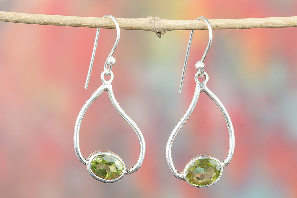 Awesome 925 Sterling Silver Gemstone Peridot Earring for Woman