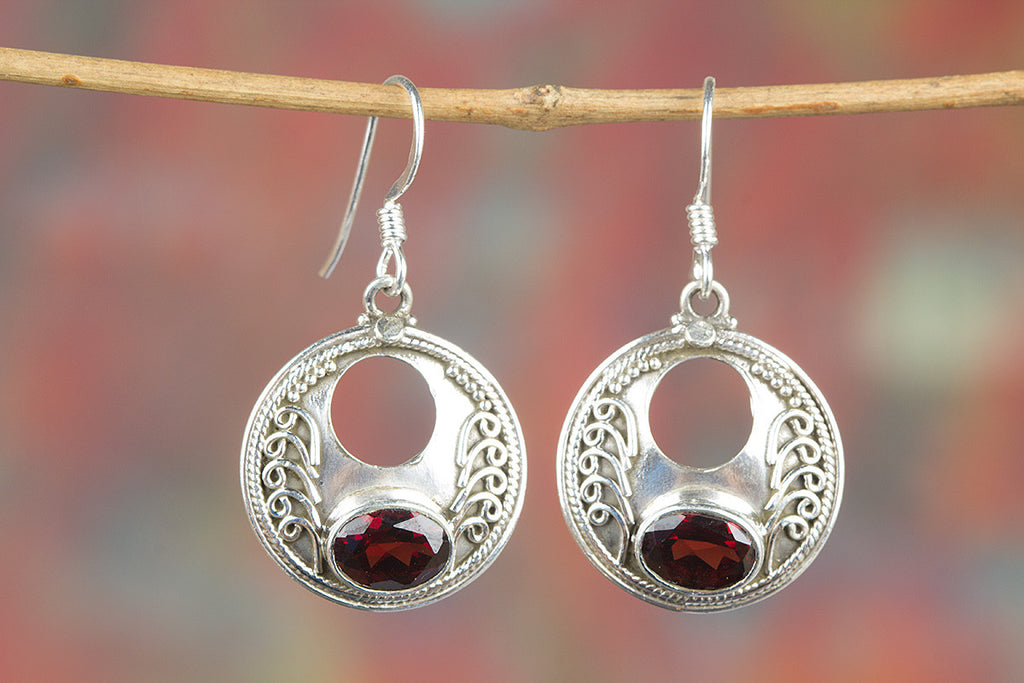 Amazing Handmade Faceted Garnet Gemstone 925 Silver Earring