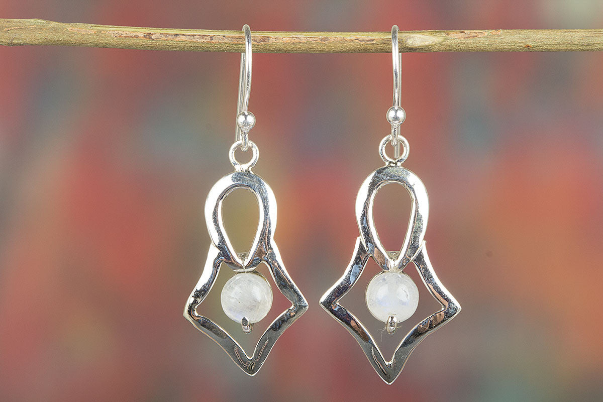 Amazing Handmade Rainbow Moonstone Gemstone 925 Silver Earring