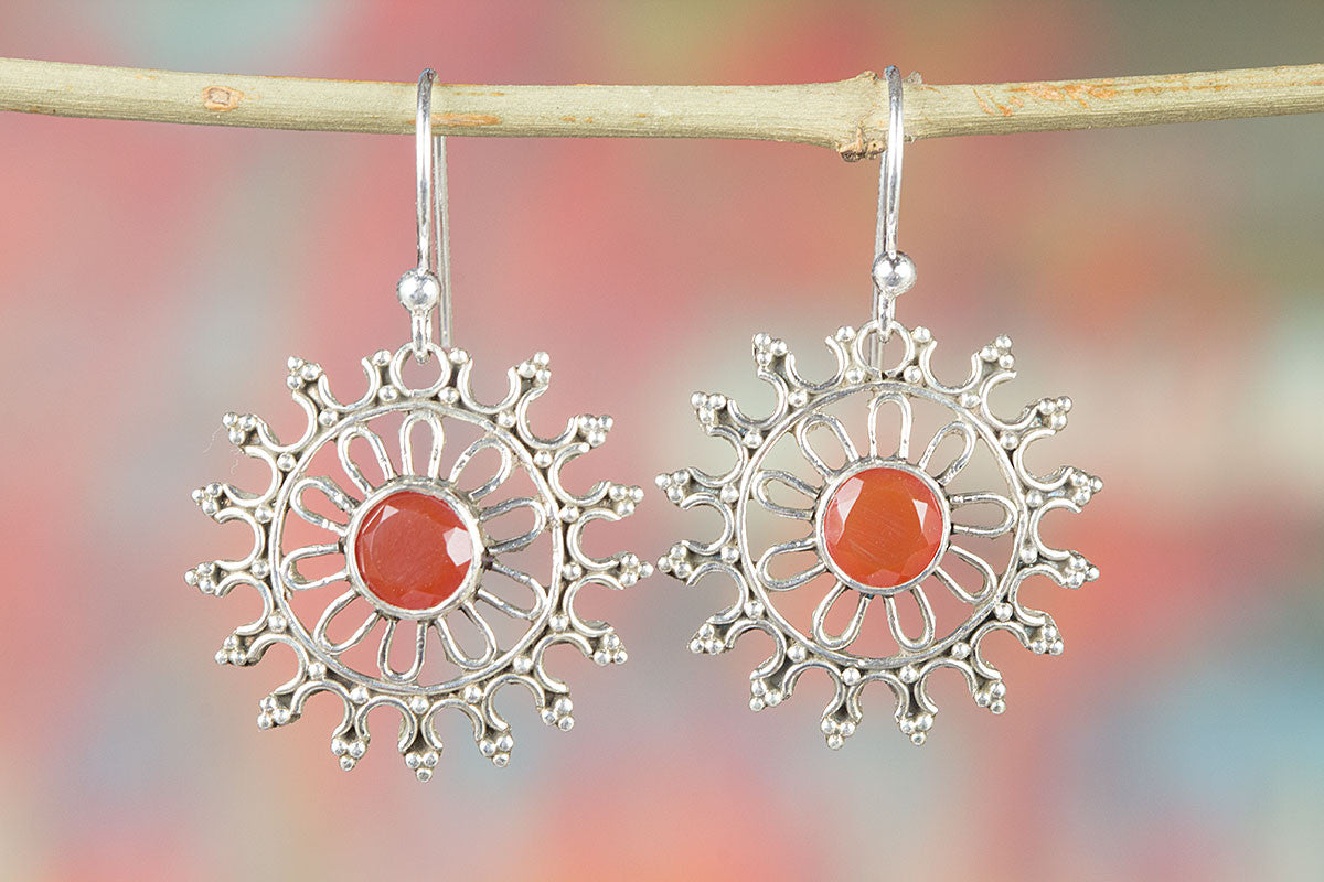 Charming Faceted Carnelian Gemstone 925 Silver Earring