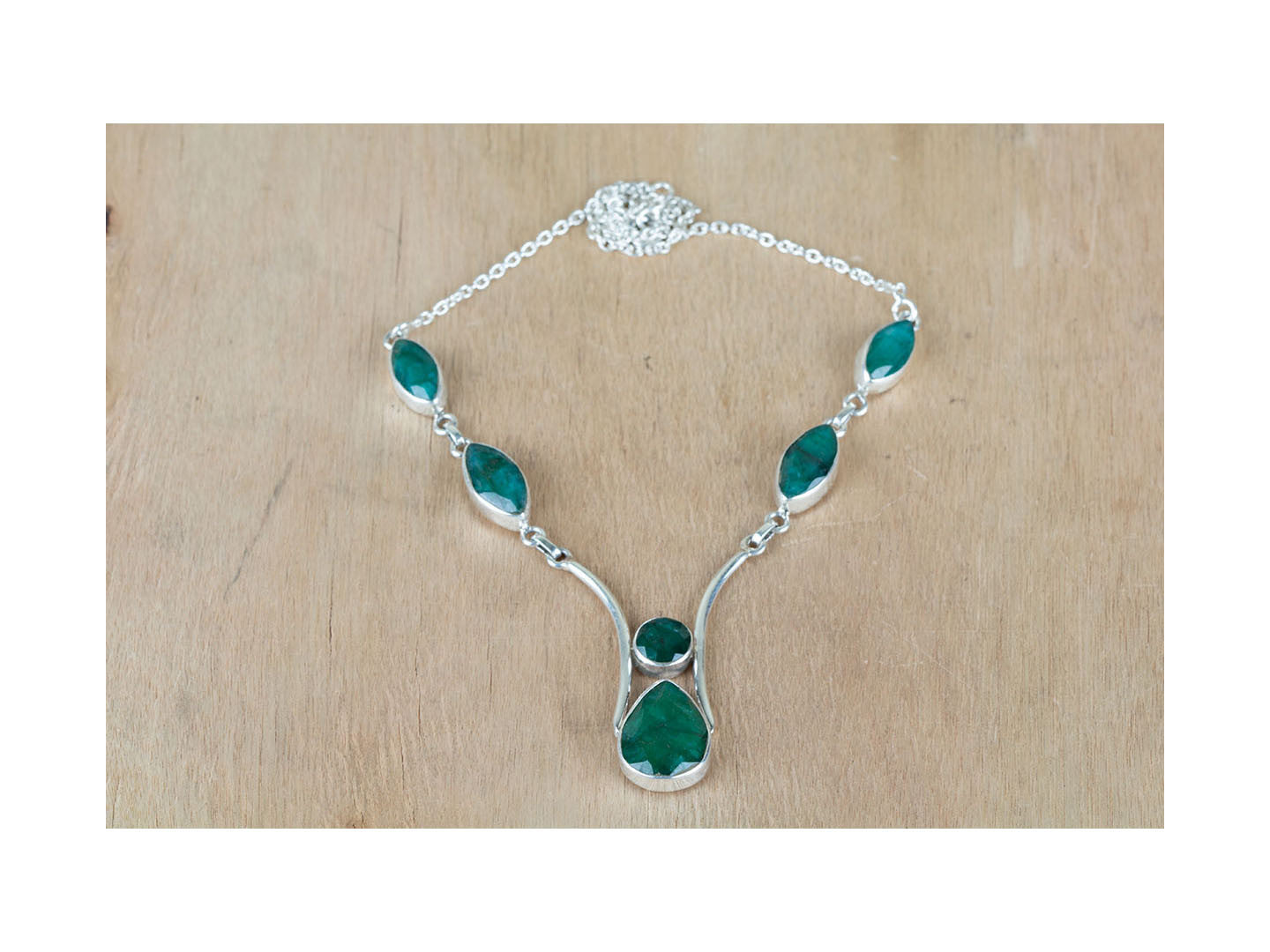 Superb Sterling Silver Emerald Necklace