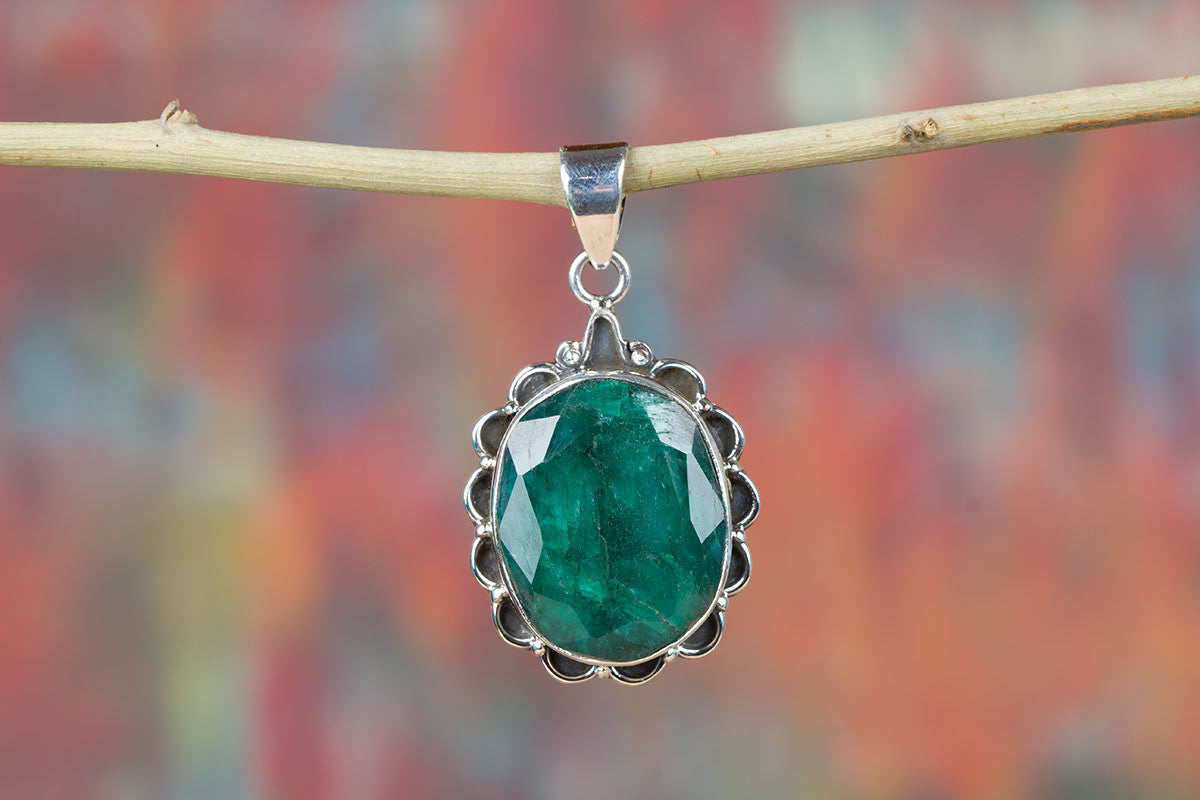 Charming Emerald Gemstone & Pure 925 Sterling Silver Pendant