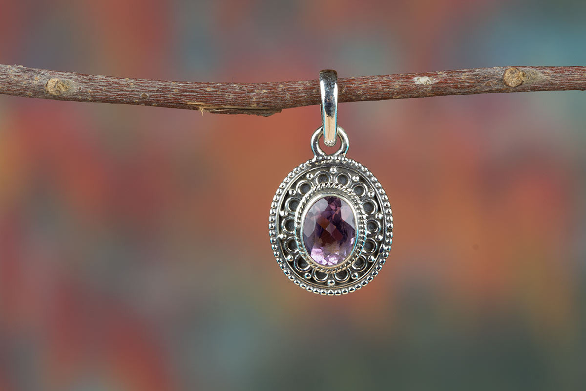 Beautiful Faceted Amethyst Gemstone & Pure  925 Sterling Silver Pendant