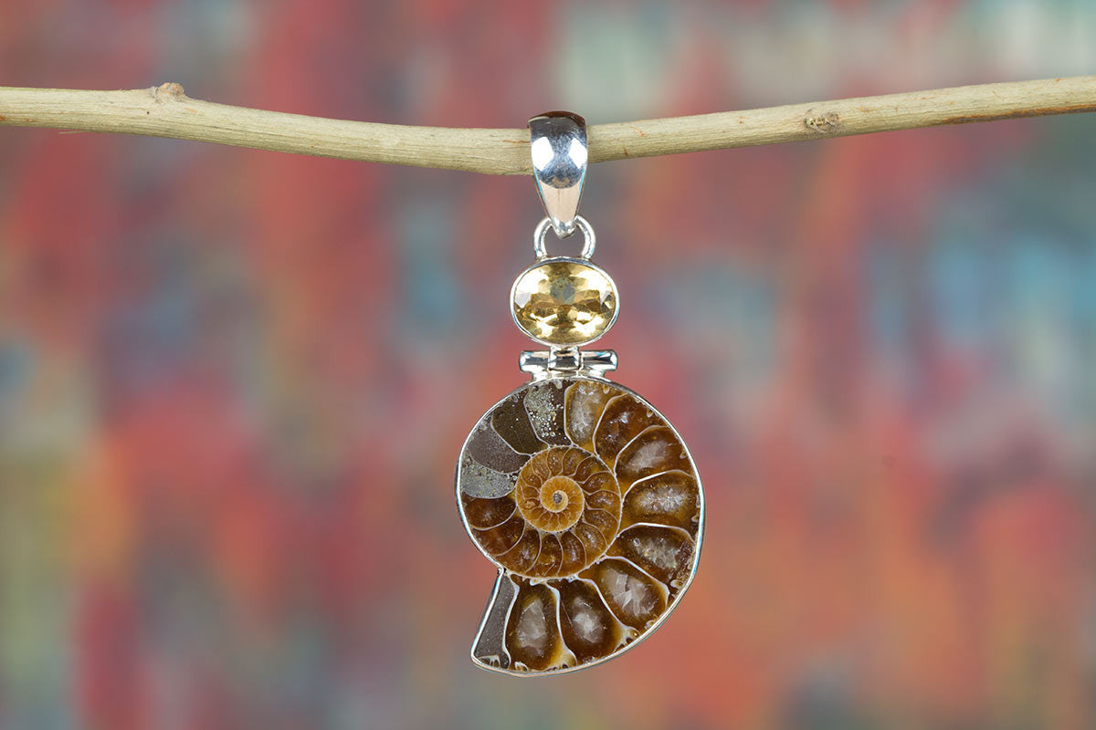 Awesome Ammonite Gemstone & Pure 925 Sterling Silver Pendant