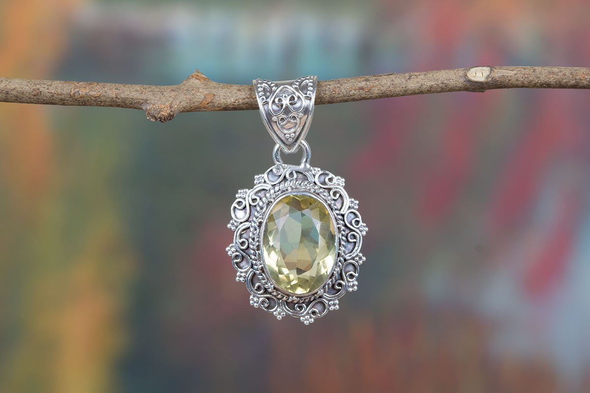 Beautiful Handmade Faceted Lemon Quartz Gemstone 925 Silver Pendant