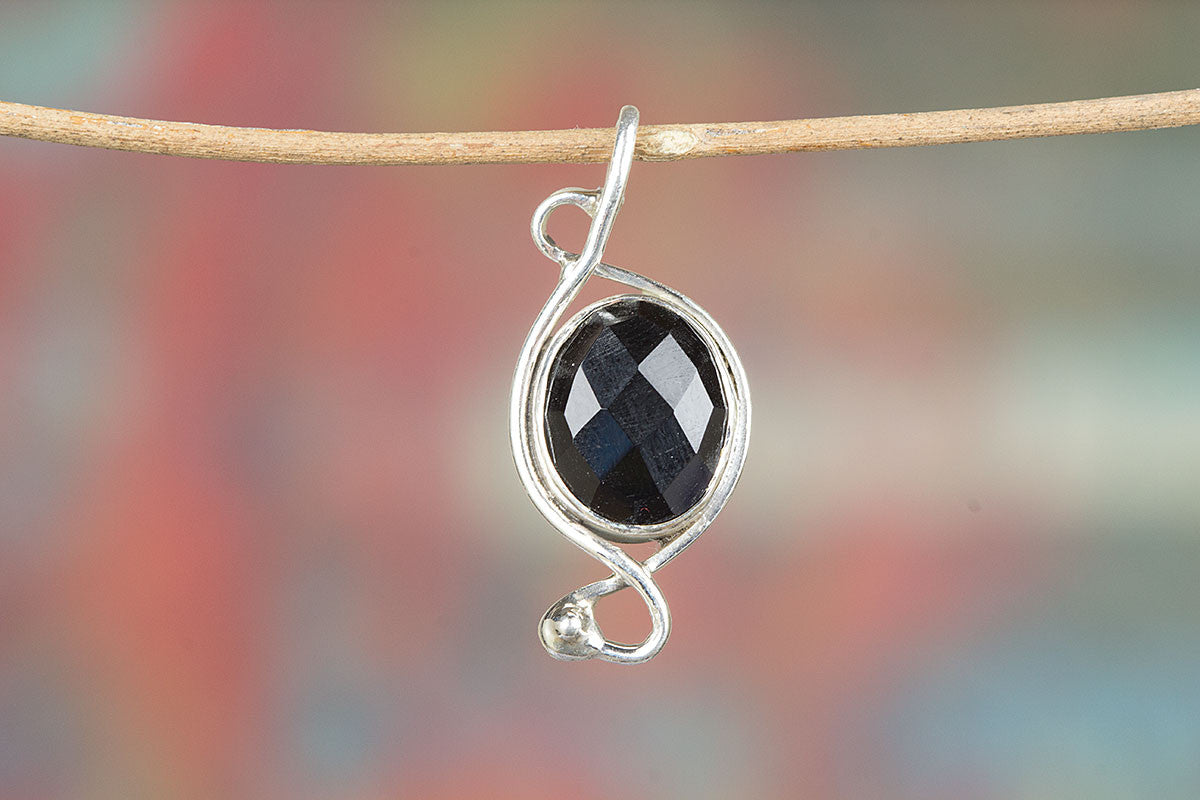 925 Sterling Silver Faceted Black Onyx Gemstone Pendant