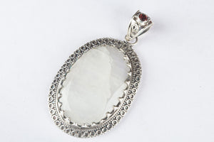 Amezing Pure 92.5 Sterling Silver Rainbow Moonstone Pendant