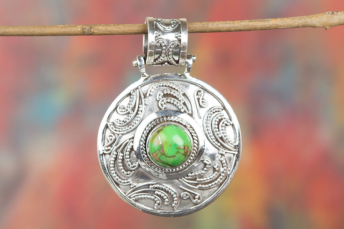 Charming Green Turquoise Gemstone Sterling Silver Pendant