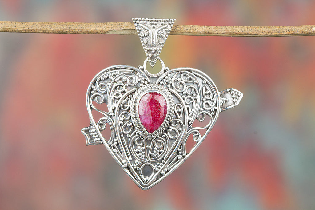 Beautiful Heart Shape Ruby Gemstone Pendant Silver Jewelry