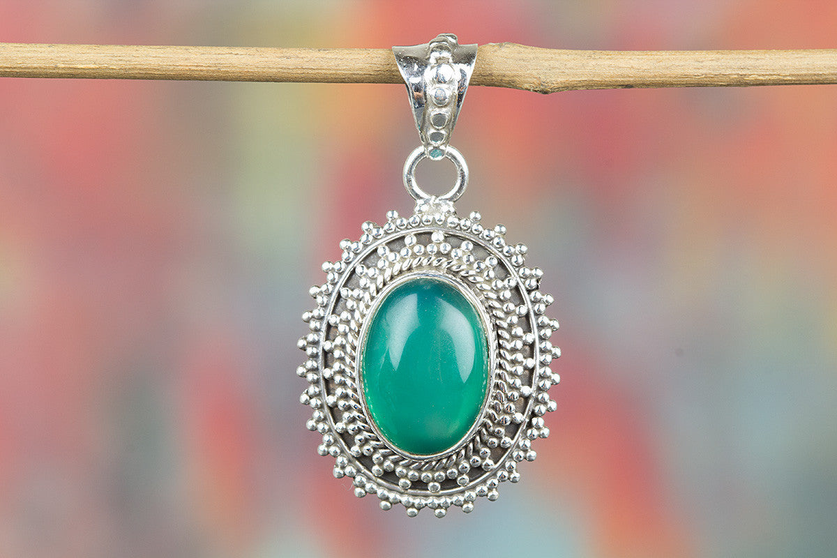Beautiful Handmade Green Onyx Gemstone 925 Silver Pendant