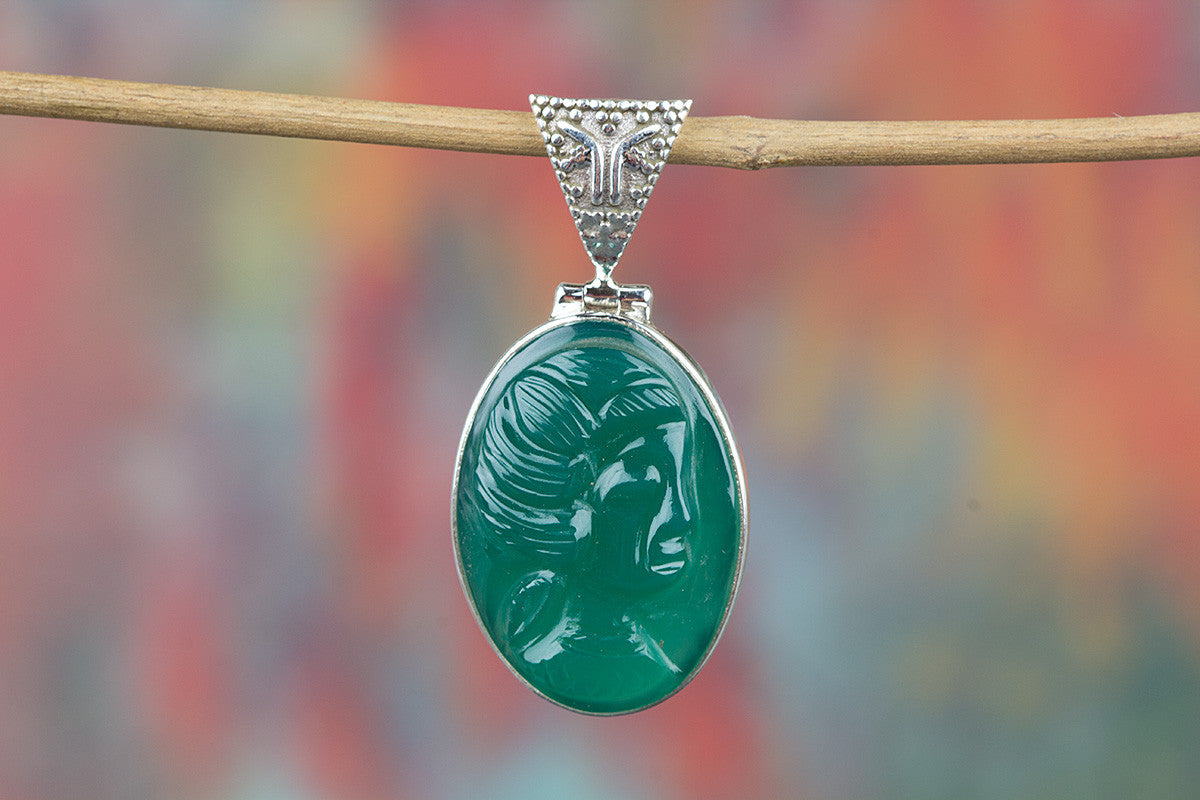 Face Shape Green Onyx Gemstone 925 Silver Pendant
