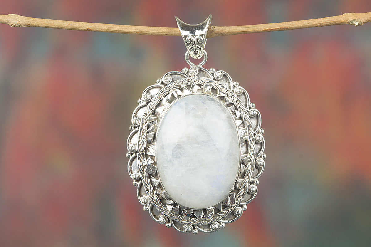 Fantastic Rainbow Moonstone Gemstone Sterling Silver Pendant