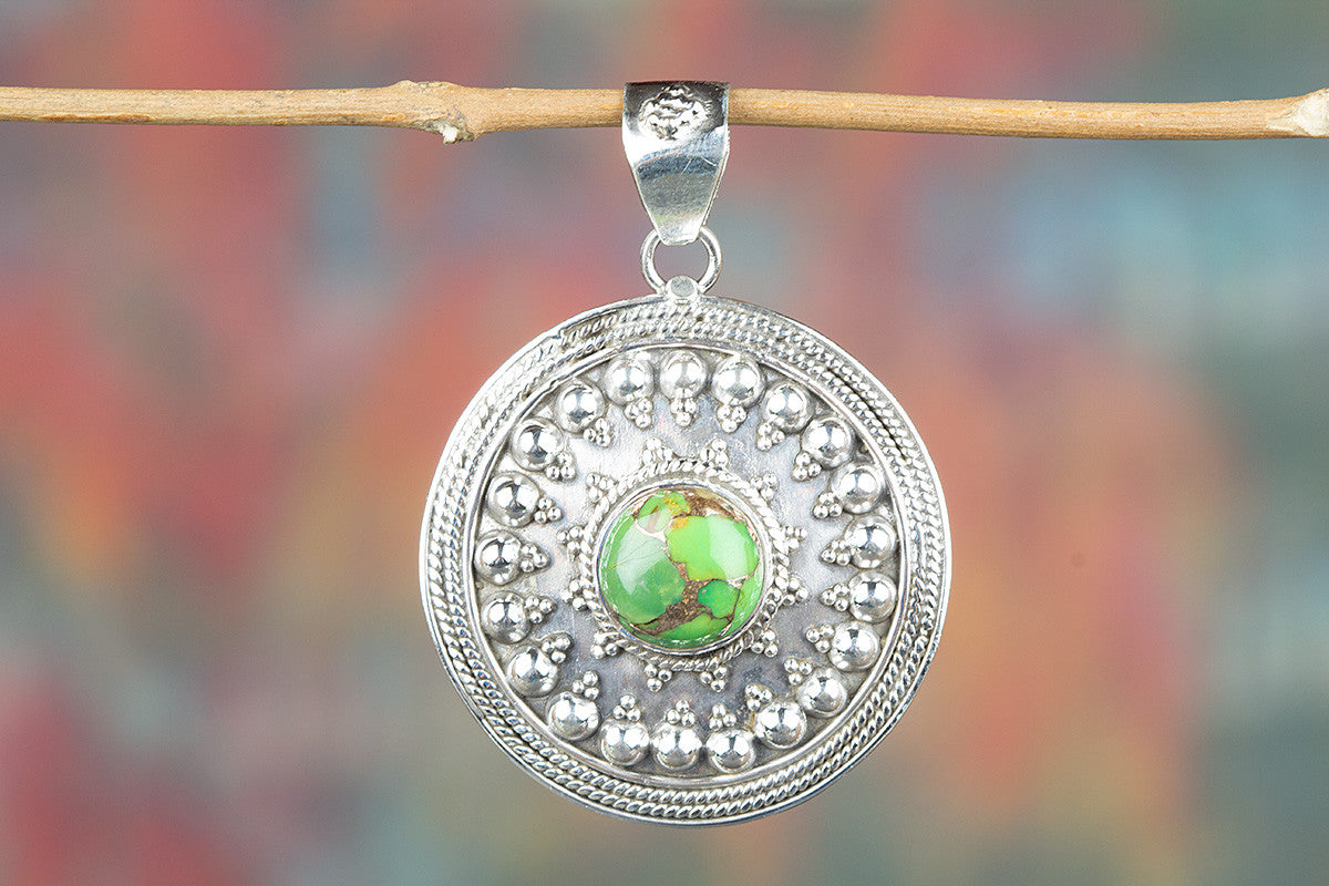 Round Shape Green Turquoise Gemeston 925 Silver Pendant