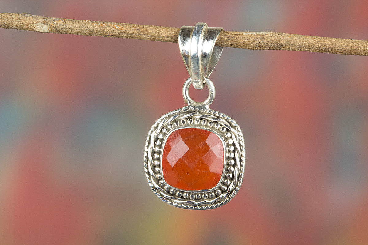Faceted Carnelian Gemstone 925 Silver Pendant