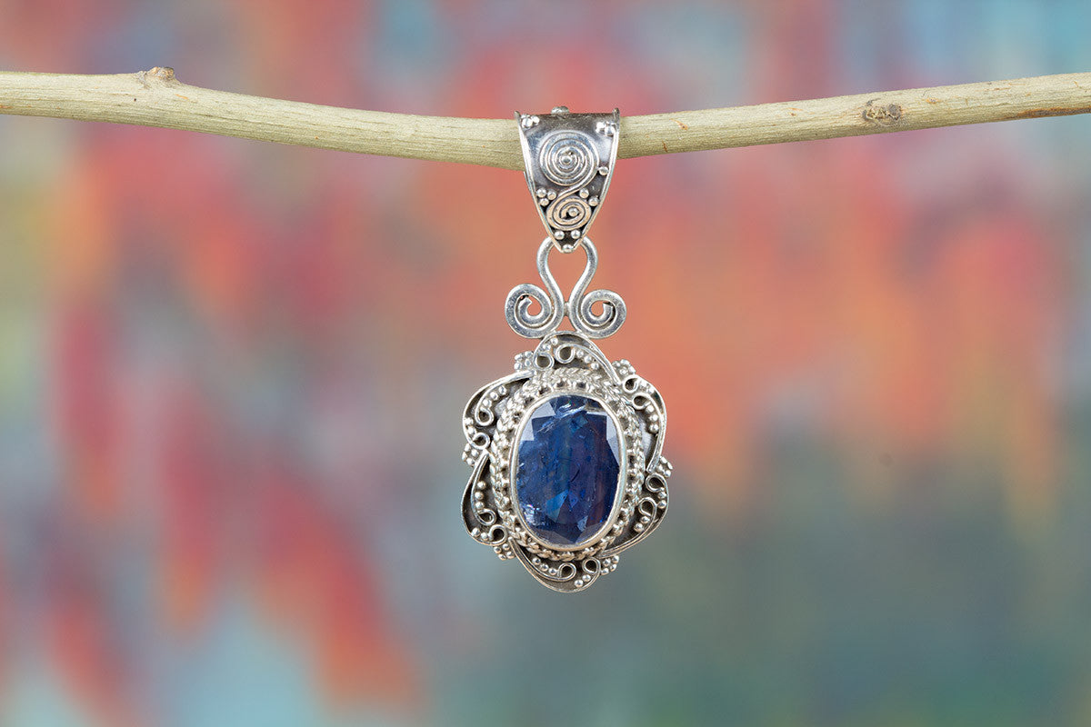 Tanzanite Gemeston 925 Silver Pendant