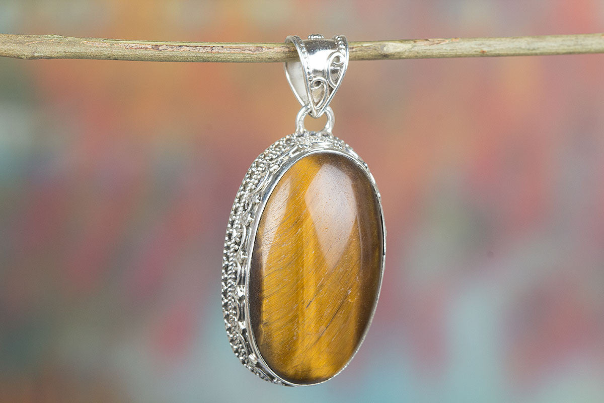 Amazing 925 Sterling Silver Tiger Eye Pendant,