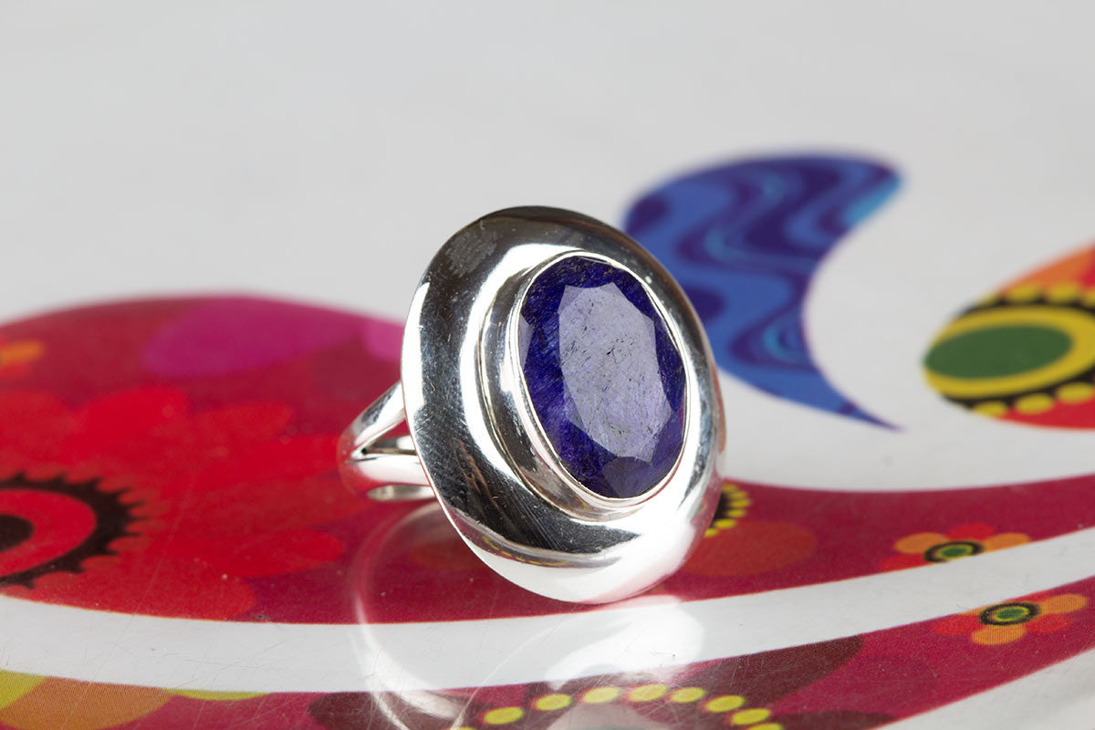Discover Amazing Blue Sapphire Silver Rings In Sterling Silver