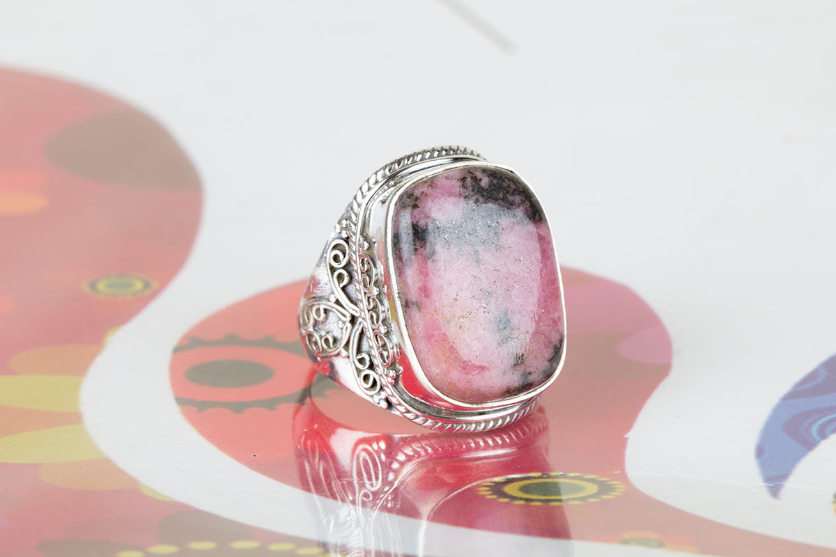 Lovely 925 Sterling Silver Rhodonite Gemstone Ring