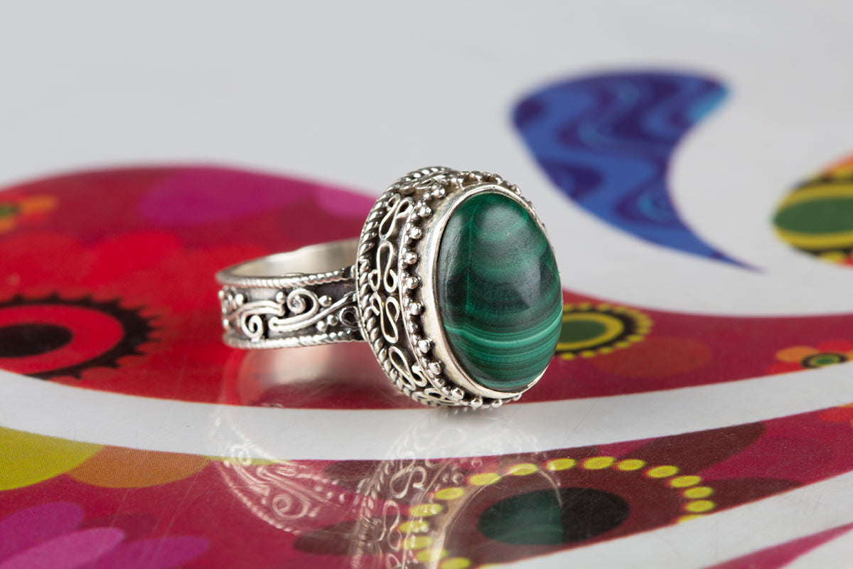 Amazing Malachite Green Stone Jewelry Ring In Sterling Silver