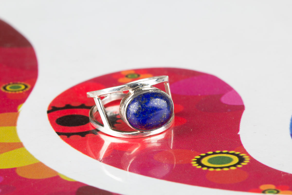 Remarkable Handmade Sterling Silver Lapis Stone Ring